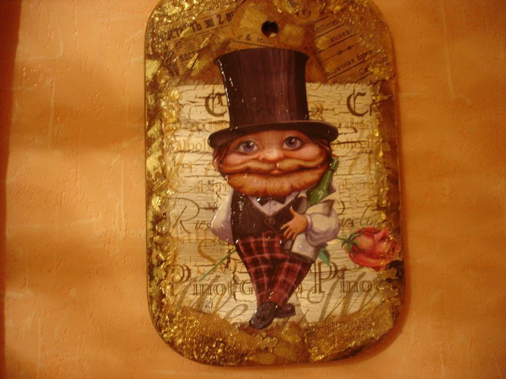 """""""Робин-Бобин"""". Декупаж на деревянной досточке, салфетка и картинка, фацетный лак. однокомпонентный кракелюр"""