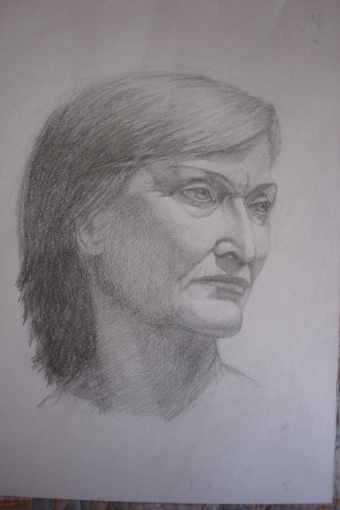 Голова натурщицы.Бумага, карандаш (курс портрета, учебная работа)
