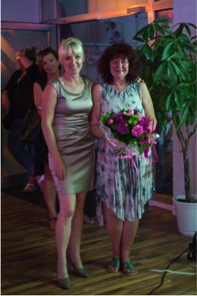 Ladiesfirst Hamm Clubgeburtstag und Neueröffnung Kirsten Bruennich und Gast