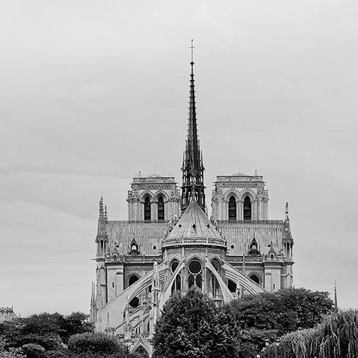 Notre Dame de Paris : l'origine électrique suspectée