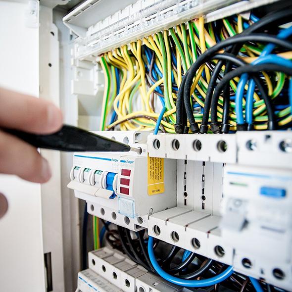 Tout savoir sur l'habilitation électrique