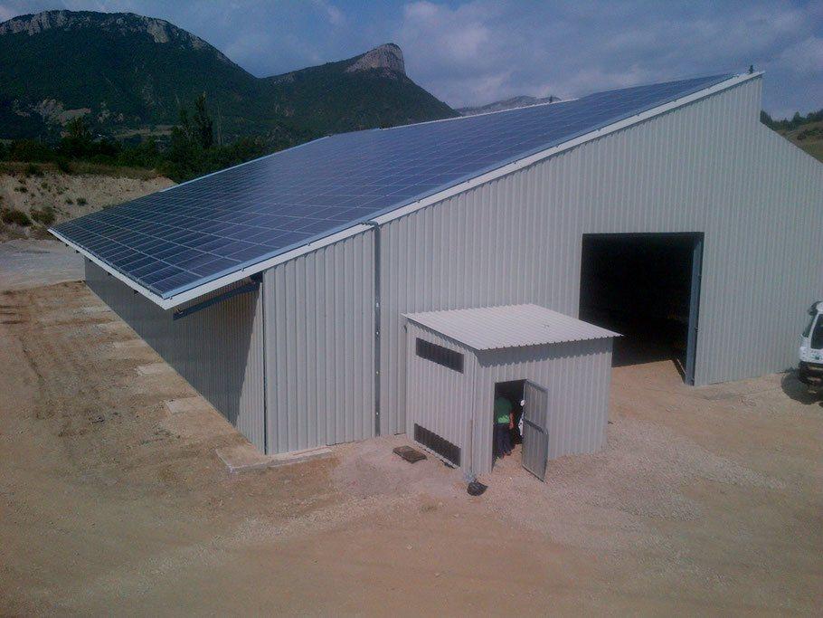 hangar manège photovoltaïque  500m² 600m² 800m² 1000m²