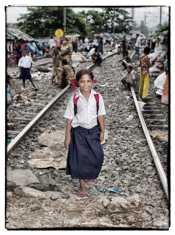 09.25 Nazneen auf dem Weg zur Vorschule, einem Projekt von Tiljala Shed