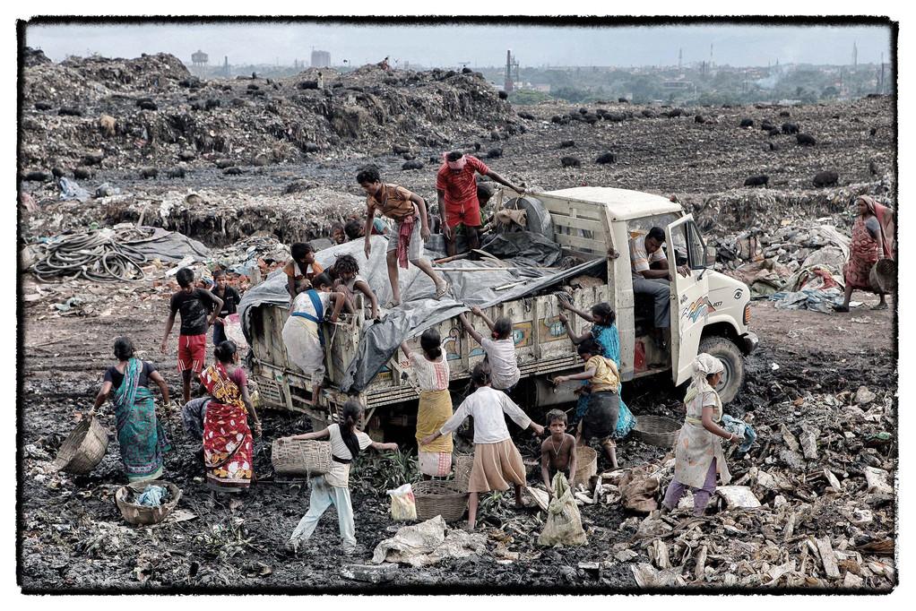 14.05 Howrah, eine gigantische Müllkippe vor den Toren Kalkuttas