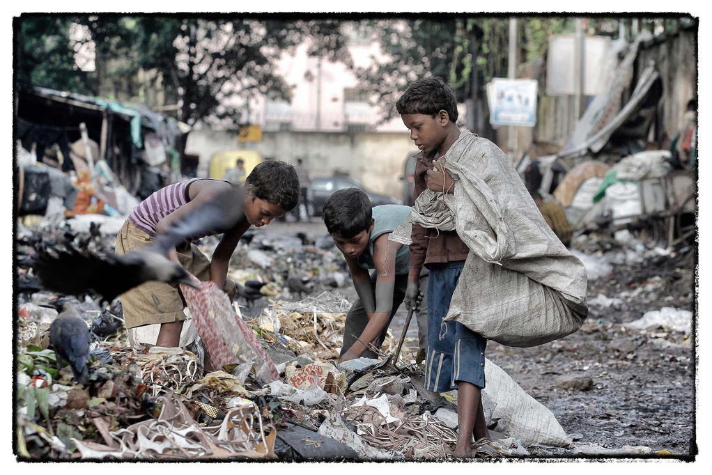 sie sind drei von unzähligen Müllsammlerkindern der Metropole