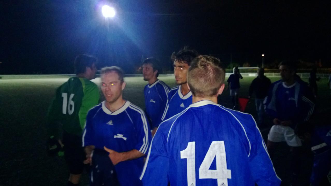 TOAC II - Match contre MATRA - Le groupe satisfait