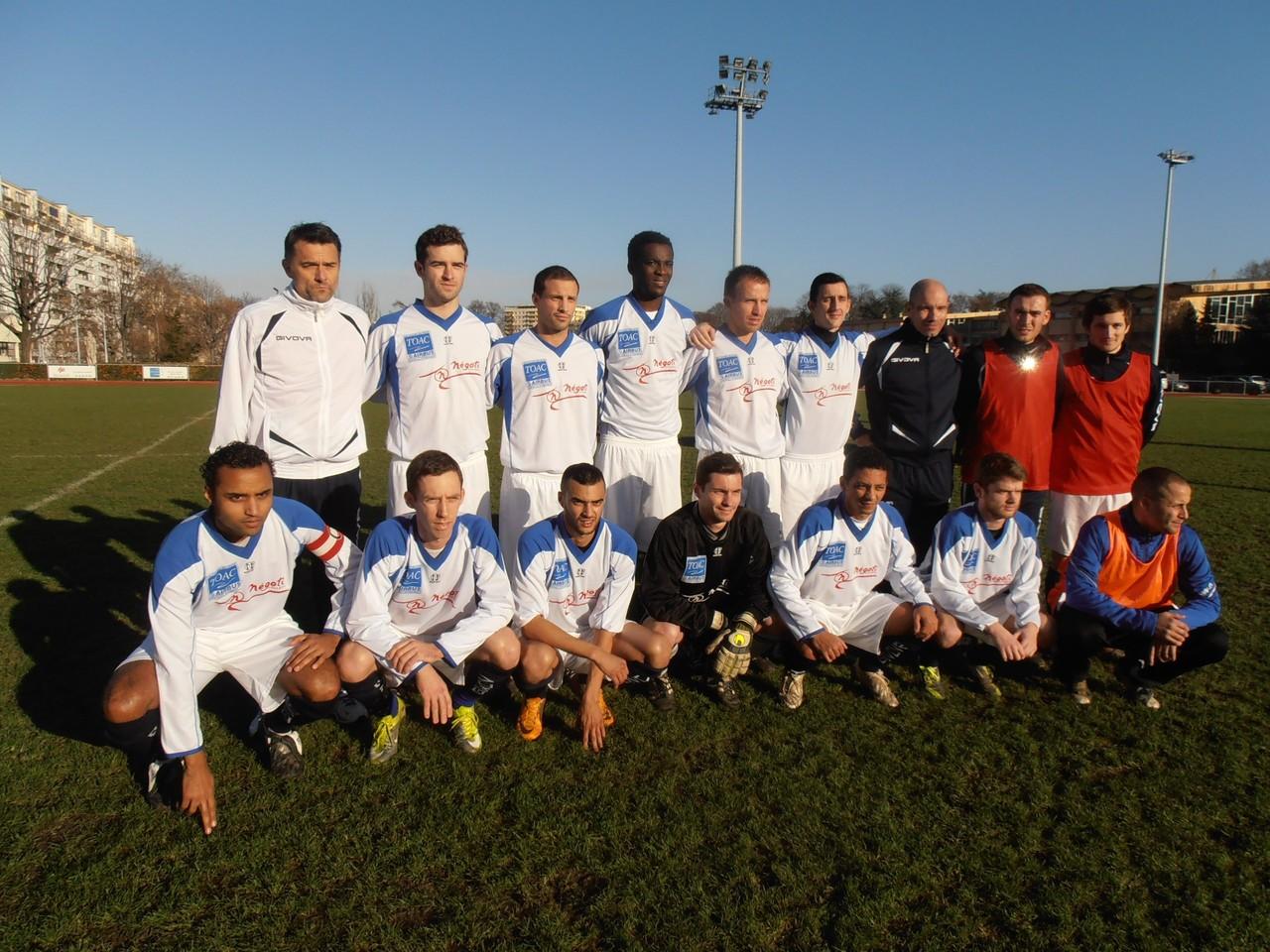 2013-14 - Qualification pour les phases de poules du championnat de France à Vanves (victoire 2 à 1 ap)