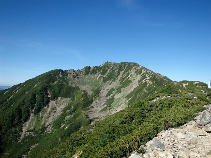 二日目。女王、仙丈ヶ岳を登ります