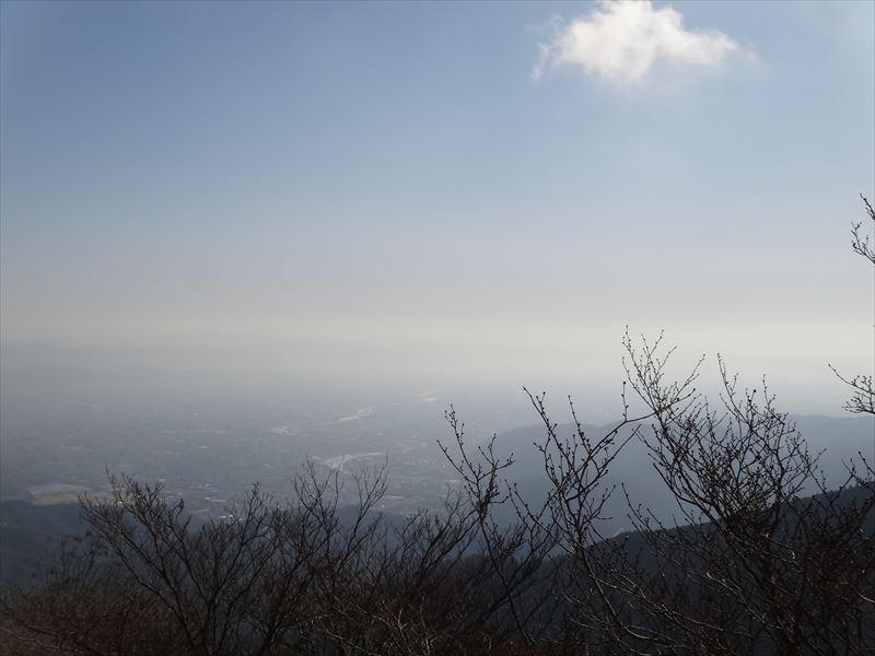 岩の上から京都の眺め