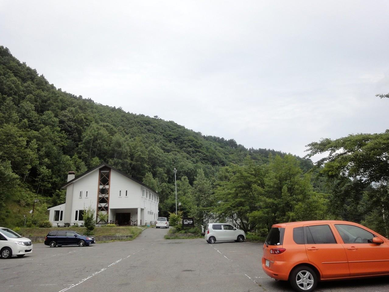 木曽駒高原スキー場跡駐車場
