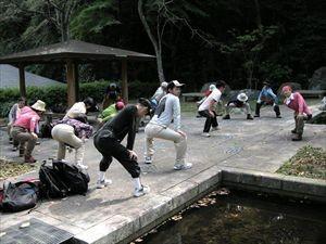 長等公園で準備体操