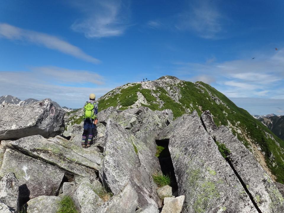 常念岳まで岩稜歩き