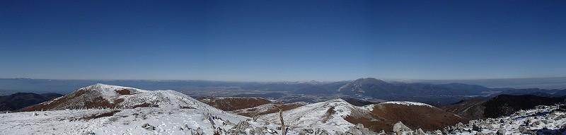 最高地点からのパノラマ(伊吹山や白山が見えます)