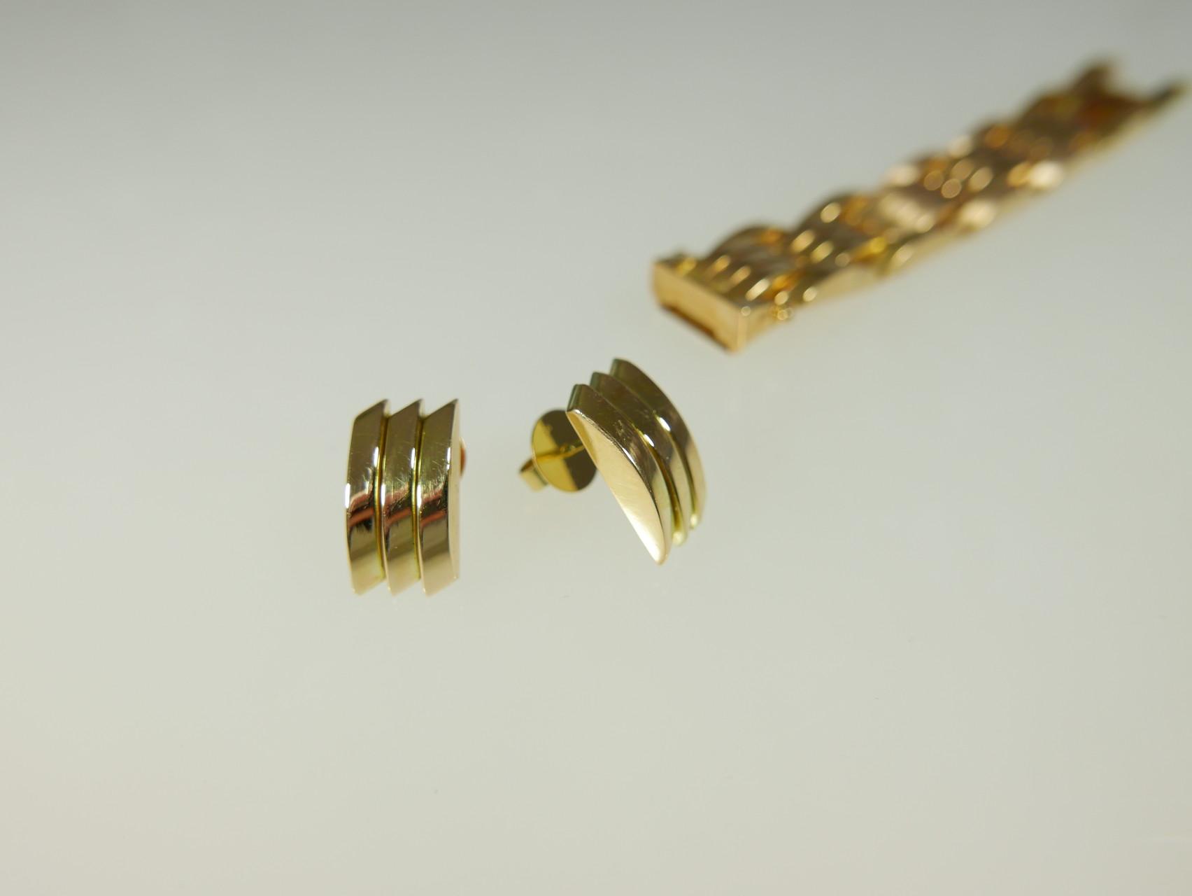 NACHHER  Ohrstecker 750 Gold aus Zwischenelementen.