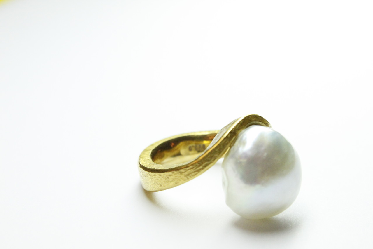 Ring 999Feingold mit großer Südseeperle