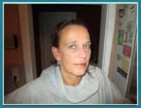 Kirsten Godglück. Büroangestellte