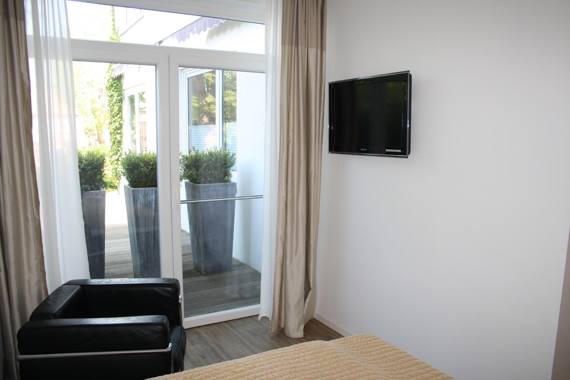 """HOTEL HAHN Villa Strandberg """"Small-Basic""""-Zimmer Nr.1"""