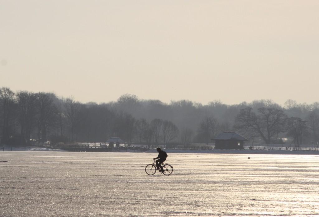 Hotel Hahn Villa Strandberg Schleswig - Radtour auf der zugefrorenen Schlei