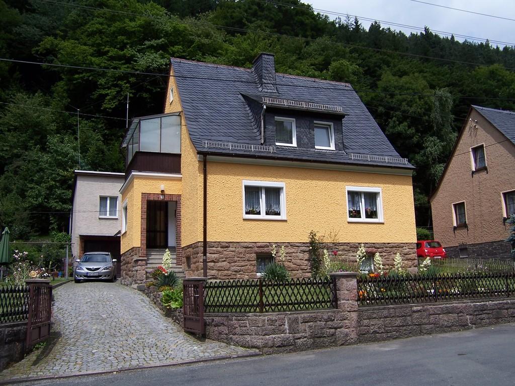 Wohnhaus (DL1ASF) in Leutenberg