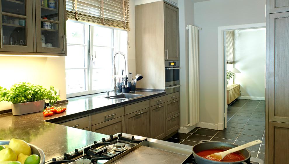 klassische k chen gebers ag k chen aus neuenkirchen. Black Bedroom Furniture Sets. Home Design Ideas