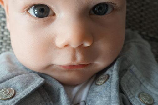 Baby bei Taufe, Willkommensfeier und Willkommensfest