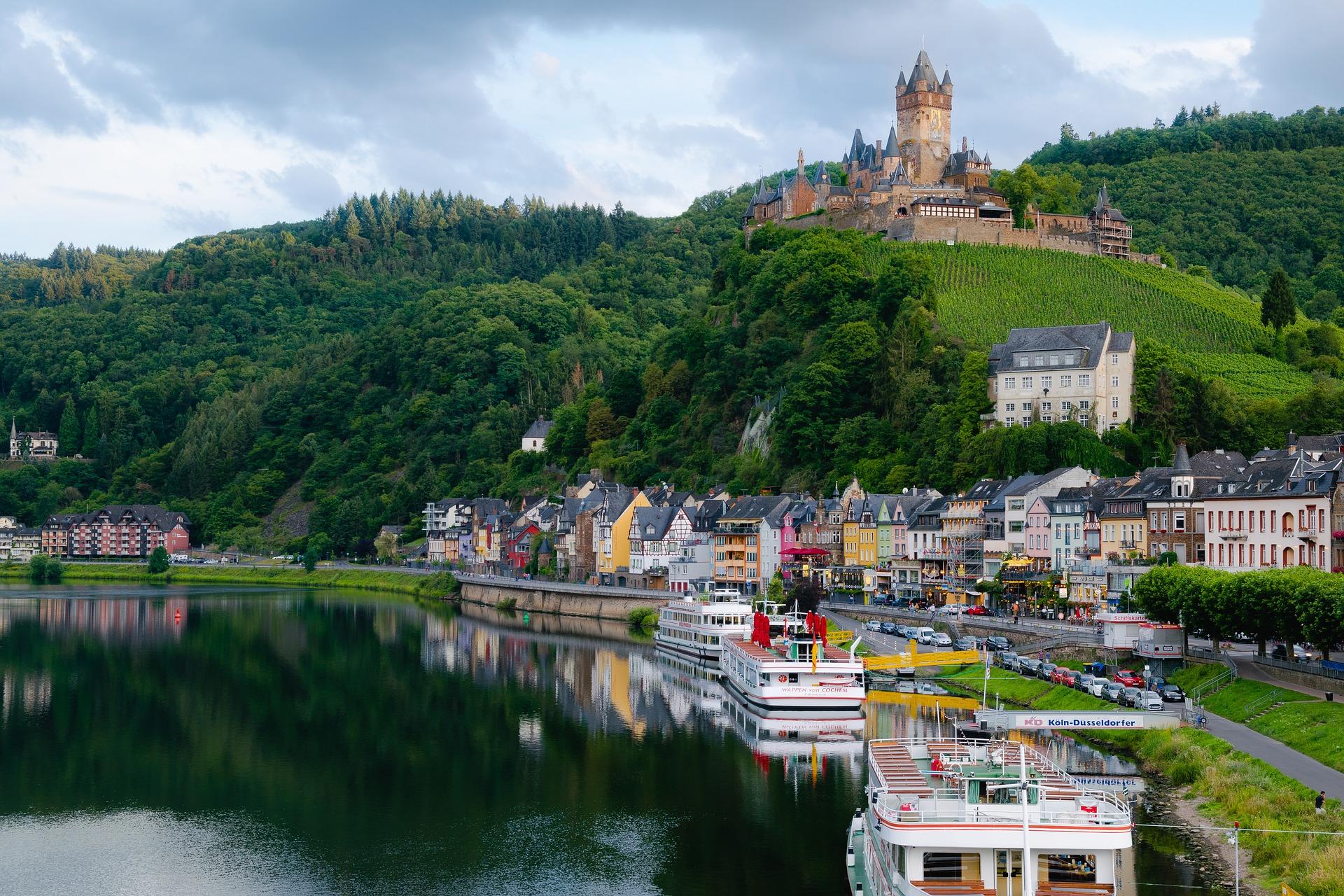 Starten Sie von Enkirch zu einigen Tagesausflügen