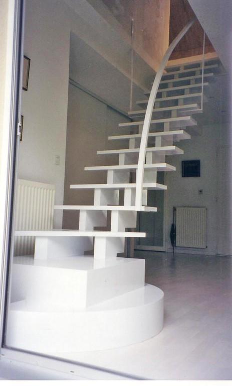 escalier laqué moderne