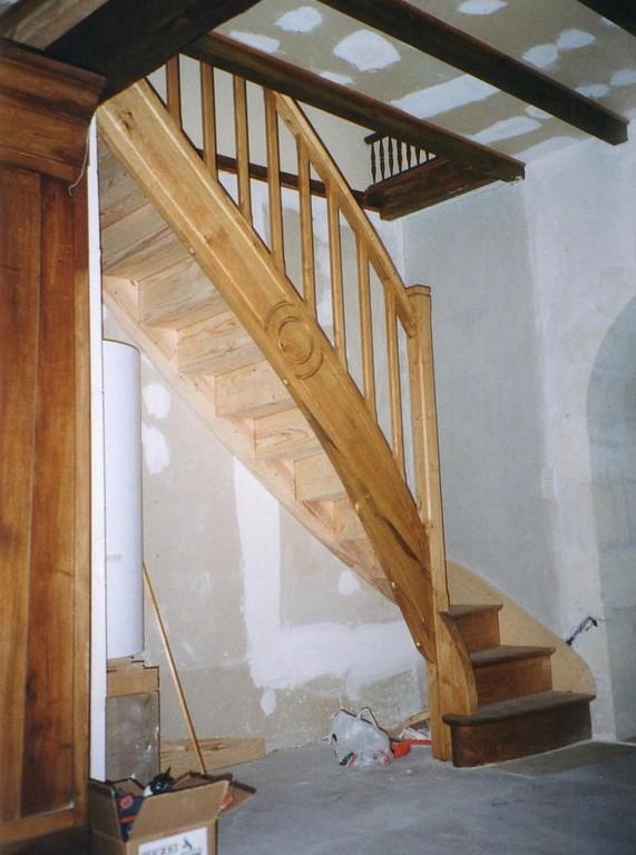 Escalier bois un quart tournant