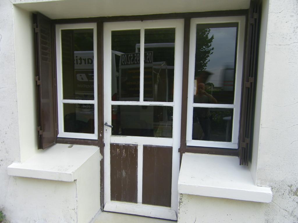 Ensemble porte et fenêtre (avant)