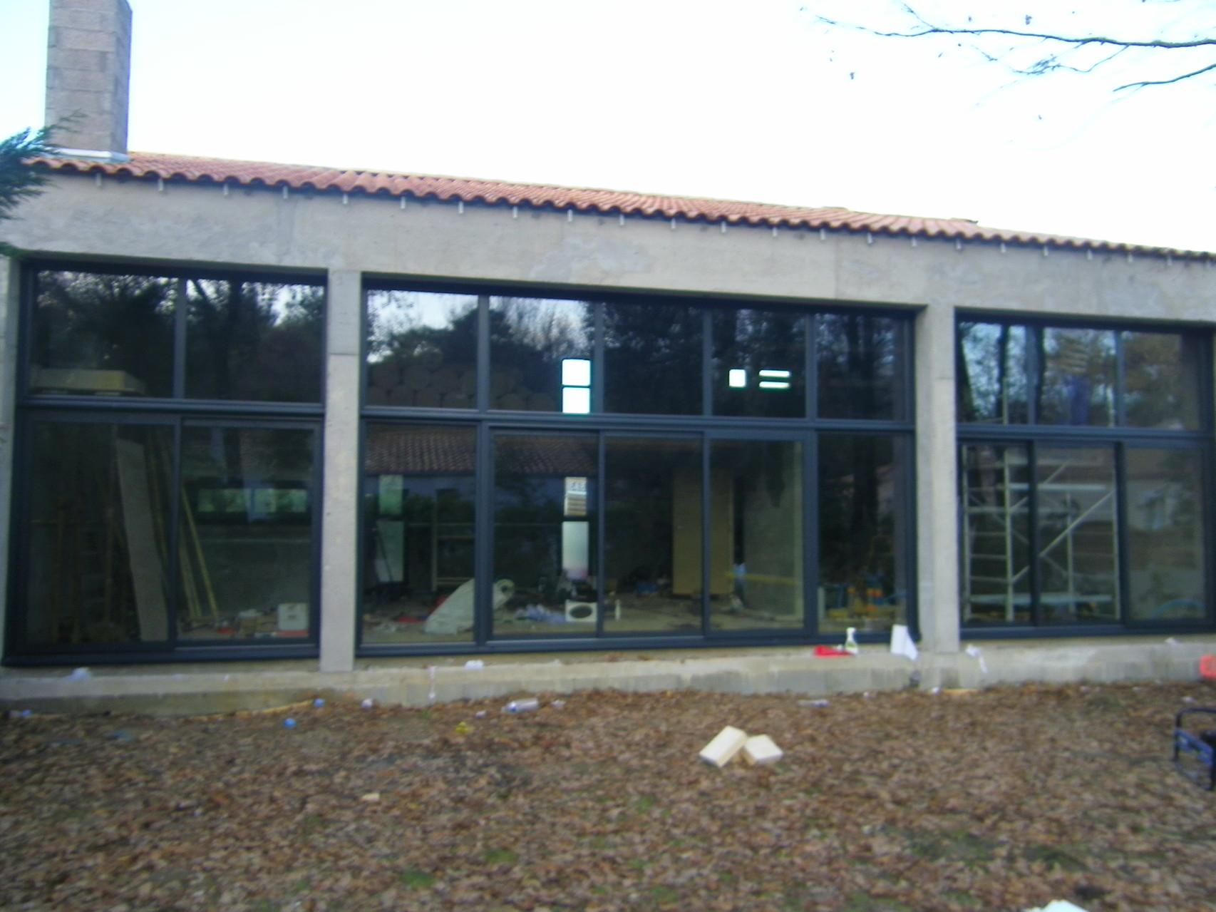 Baie vitrée meunuiserie alluminium