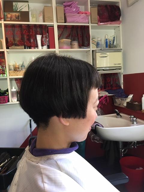 前髪短めショートボブ