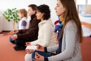 OM Chanting ist eine uralte Gruppen-Heiltechnik, die Körper, Geis tund Seele heilt.