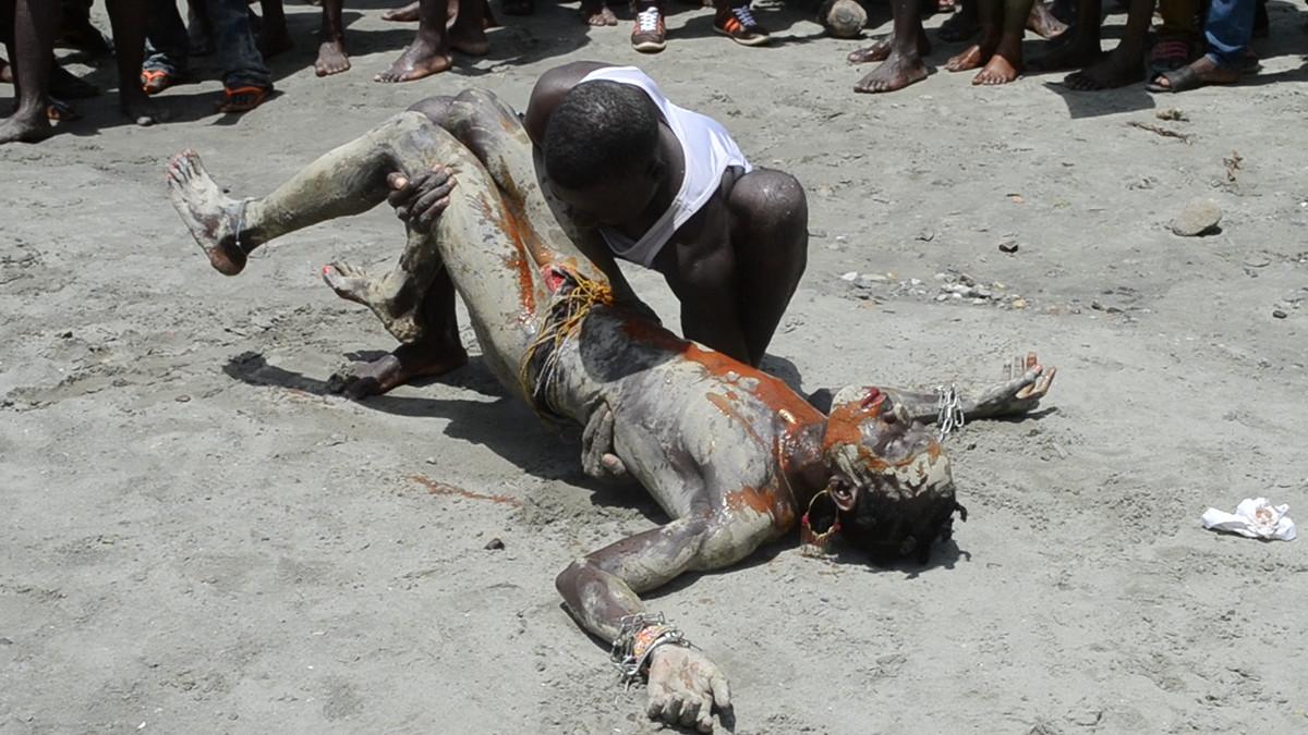 Crucifix Crises, 2014, Lake Bosomtwe, Ghana