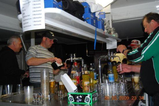 Theke, Après-Soccer-Party, 2009