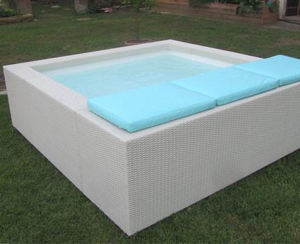 Laghetto dolce vita playa piscine laghetto gard - Piscine laghetto dolce vita prix ...