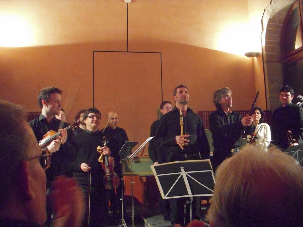 """Concerto stagione """"A. il Verso"""" (5/4/2009) con Giovanni Antonini (chalumeau e dir.) e Tindaro Capuano (chalumeau)"""