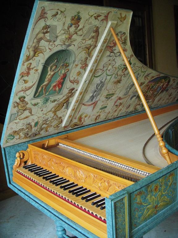 Cembalo italiano, da G. B. Giusti, 1693 (costr. U. Casiglia, 1991 - decorato da C. Veerbom)