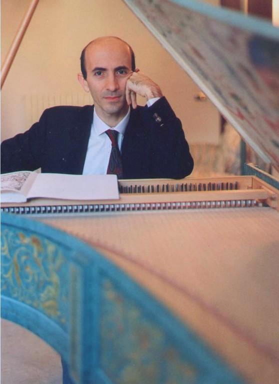 al cembalo italiano,  (costr. Ugo Casiglia, 1991  - decorato da Cor  Veerbom)