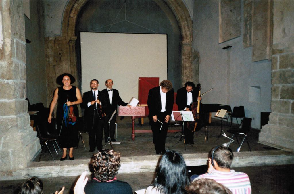 """Ensembles """"Les Eléments"""" (C. Marotta, violino; J. Ovenden, voce)"""