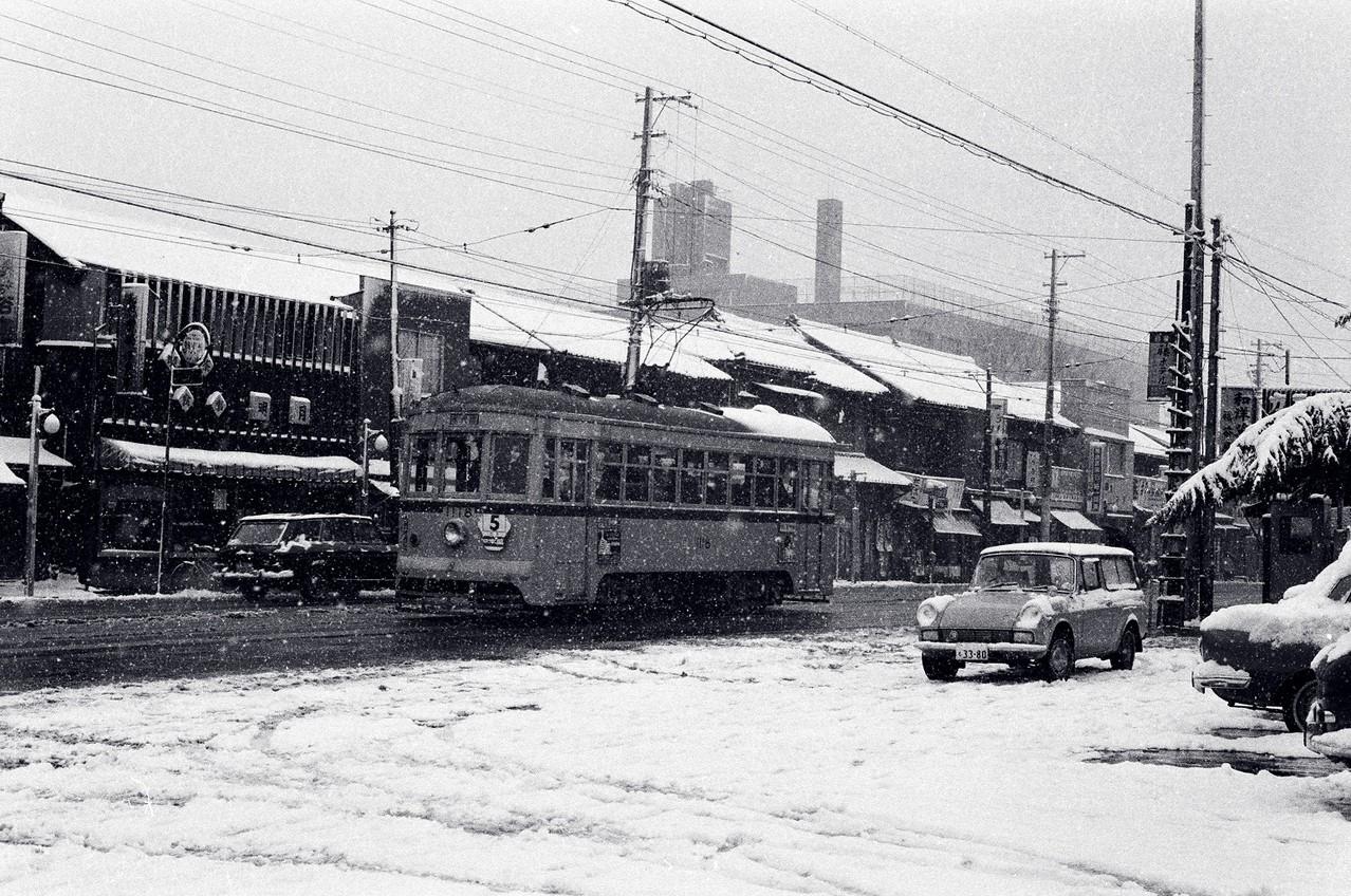 1967年 現目黒通り(医科研前)