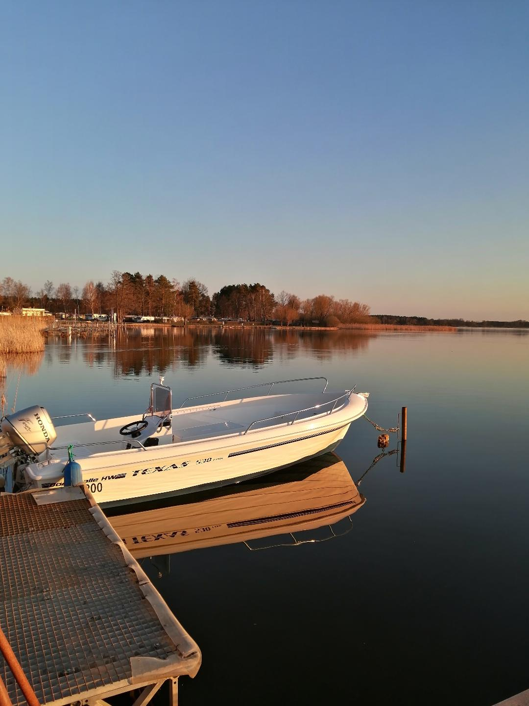 Unser Boot am See