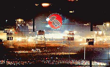 """21 de julio de 1990 – Se lleva a cabo el concierto """"The Wall"""" en Berlín"""