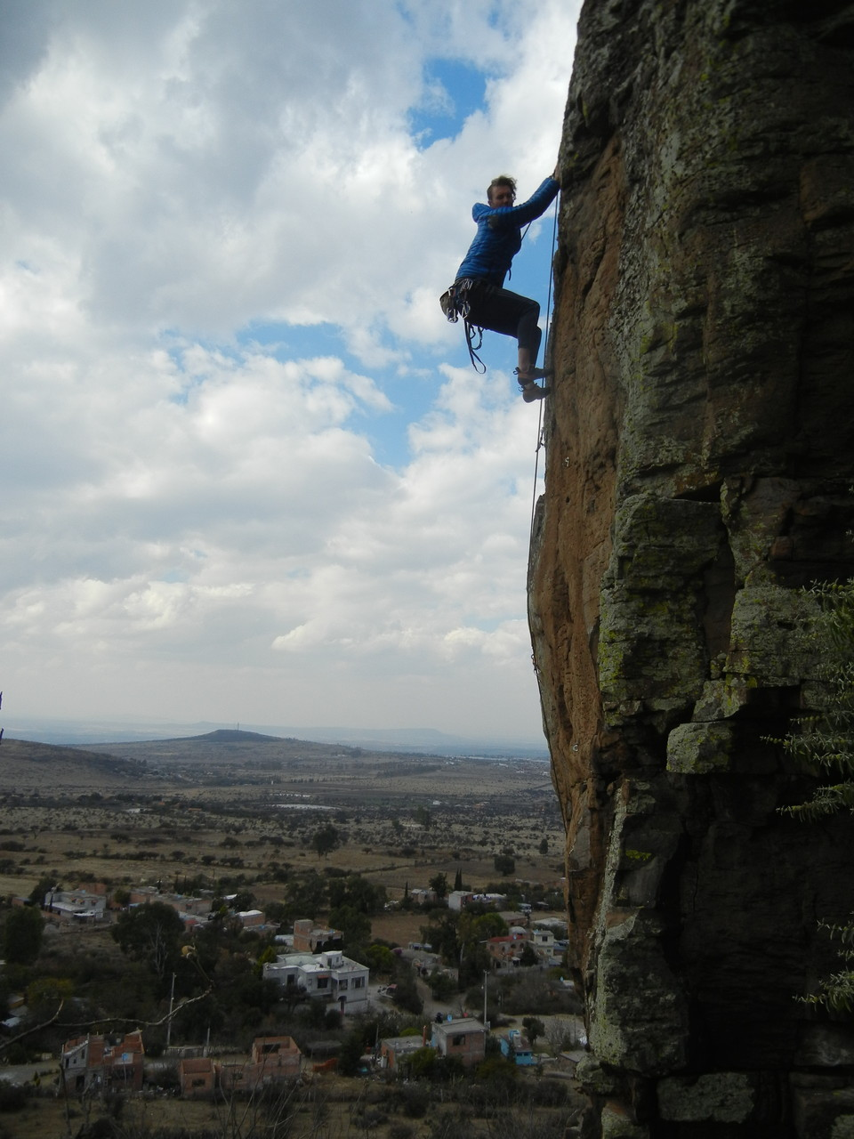 Alcocer Free 5.10c. Sector Headwall