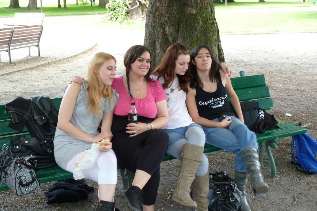 Pique-nique au jardin Botanique  le groupe des filles!
