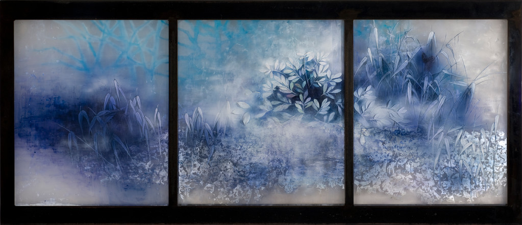 Fog of the forest, 2011  79×182×3cm  Kiln cast, Painted, Japanese ink, Silver leaf, Watercolor, Metal