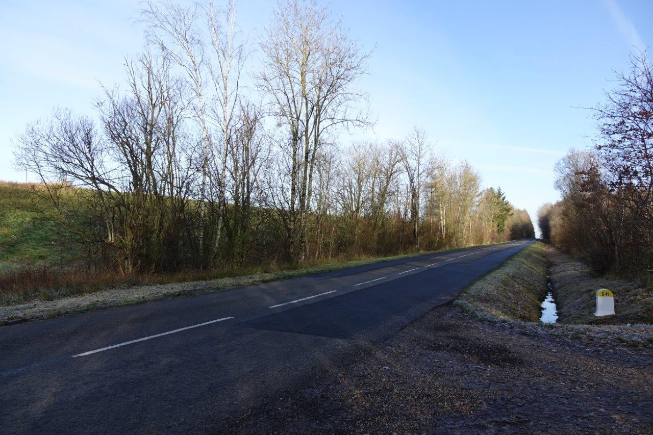 Nous entrons dans le département de la Marne à partir de la borne routière.