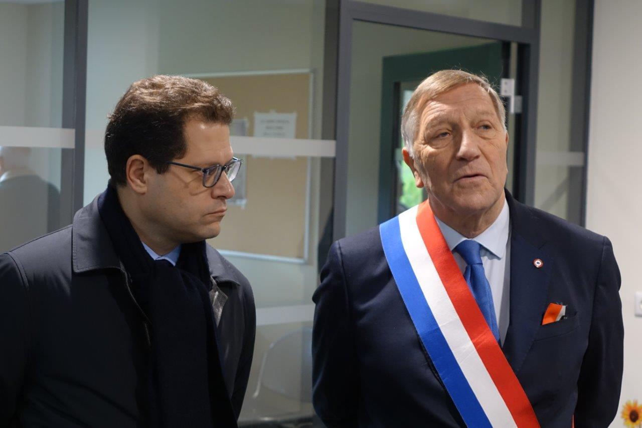 De gauche à droite : Le Préfet Ziad Khoury et le député de l'Aisne Jacques Krabal.