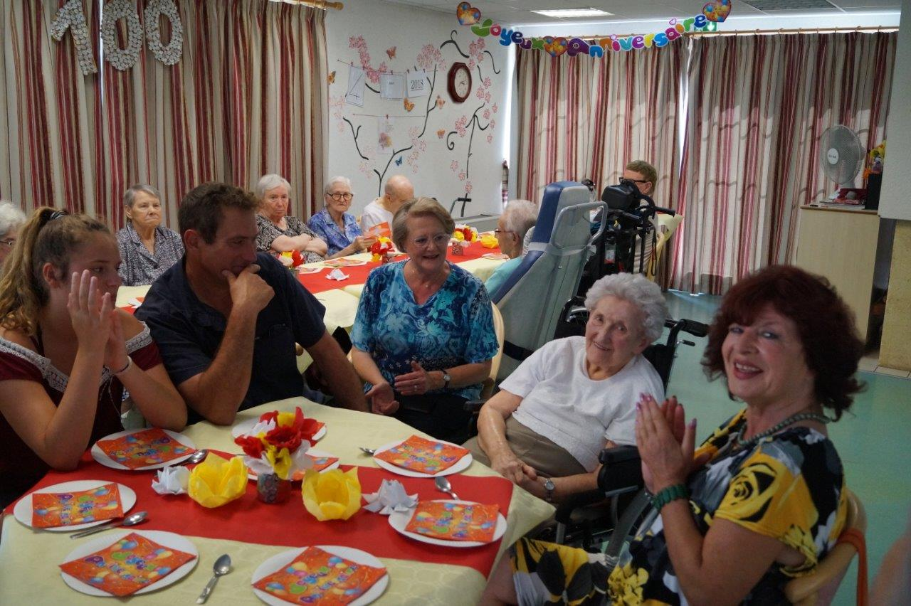 Une délégation de la famille est présente à l'EHPAD de Condé-en-Brie.