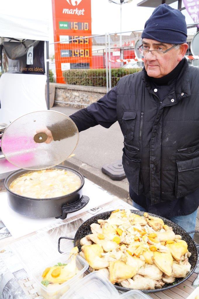 Une part de poulet au champagne permet d'emmagasiner des calories pour le reste de la journée.