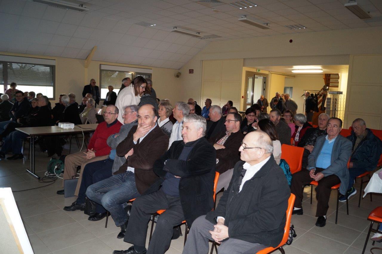 Au premier plan de gauche à droite : Etienne Dhuicq, Alain Mauroy, et Ghislain Dadou.